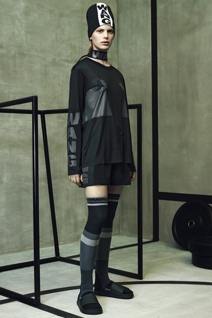 Wang-HM-lookbook-3-Vogue-15Oct14-pr_b_426x639